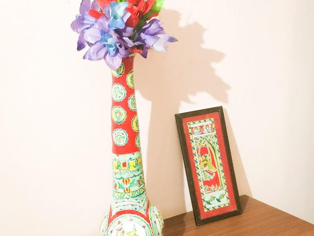 Manjusha Earthen Flower Stand